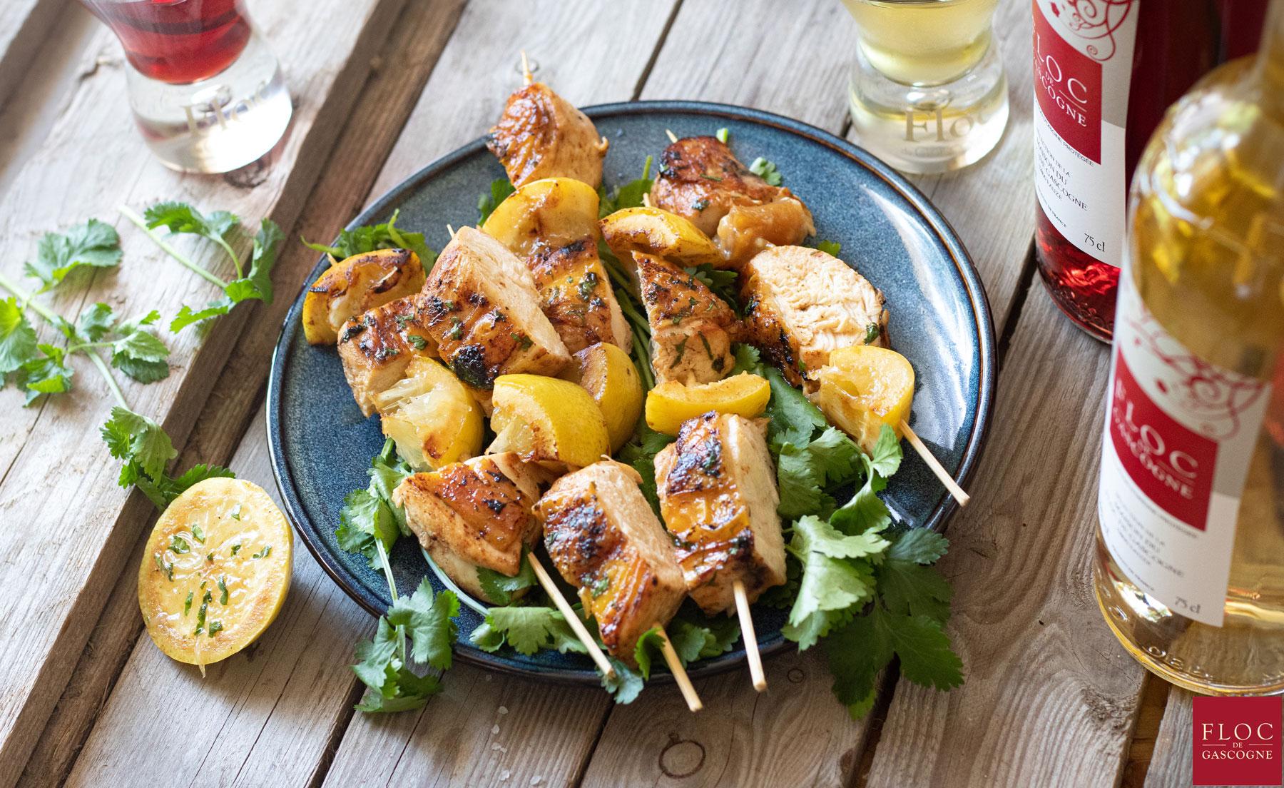 Recette de brochettes poulet et citron accompagnées de Floc-de-Gascogne